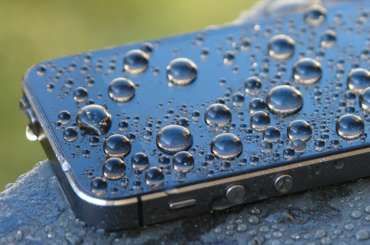 iPhone SE после воды